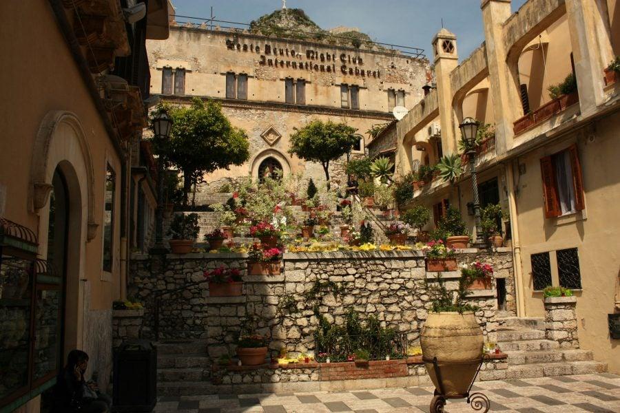 Piațetă în Taormina, Sicilia