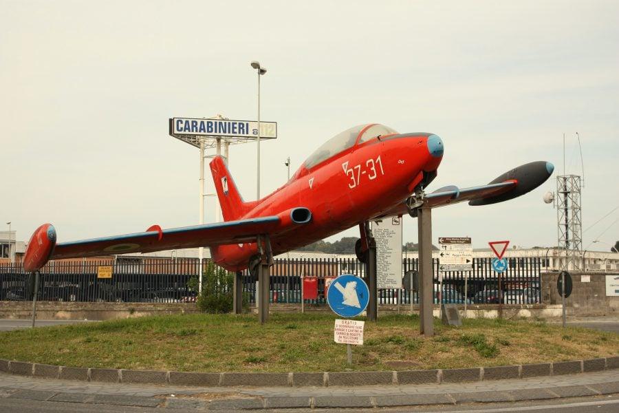 Avion simpatic în drumul dintre aeroportul Fontanarosa și Catania