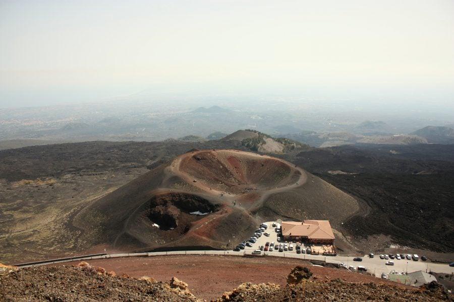 Crater pe vulcanul Etna, Sicilia