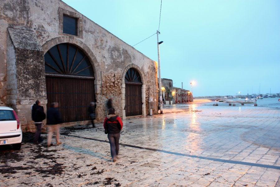 Piața din Marzamemi inundată