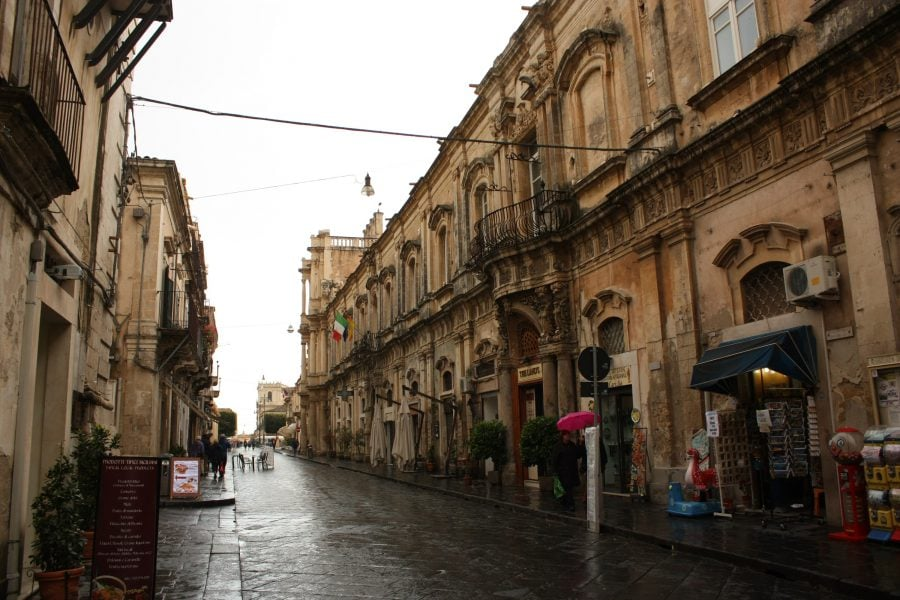 Stradă din Noto, Sicilia
