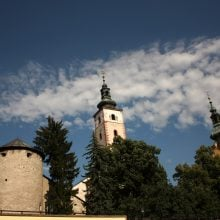 Trei turnuri în Banska Bistrica