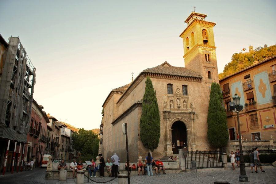 Biserica Santa Ana din Plaza Nueva, Granada