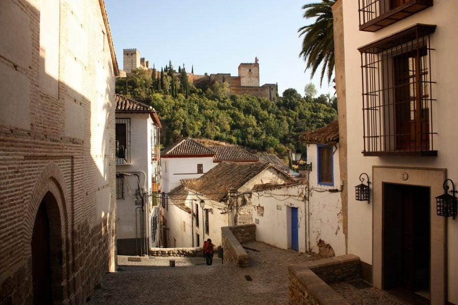 Casele spaniole vechi din Albaicin si Palatul Generalife