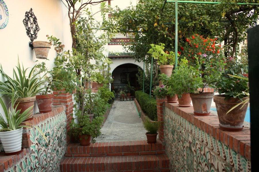 Gradina spaniola in Granada, Andaluzia