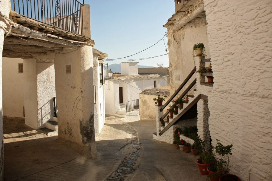 Sat alb din Andaluzia, Spania