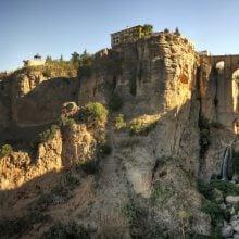 Vedere panoramică a podului din Ronda, Andalusia, Spain