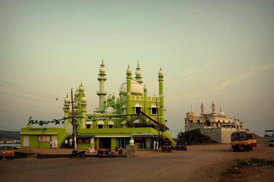Cele două moschei din Vizhinjam, Kovalam, Kerala, India
