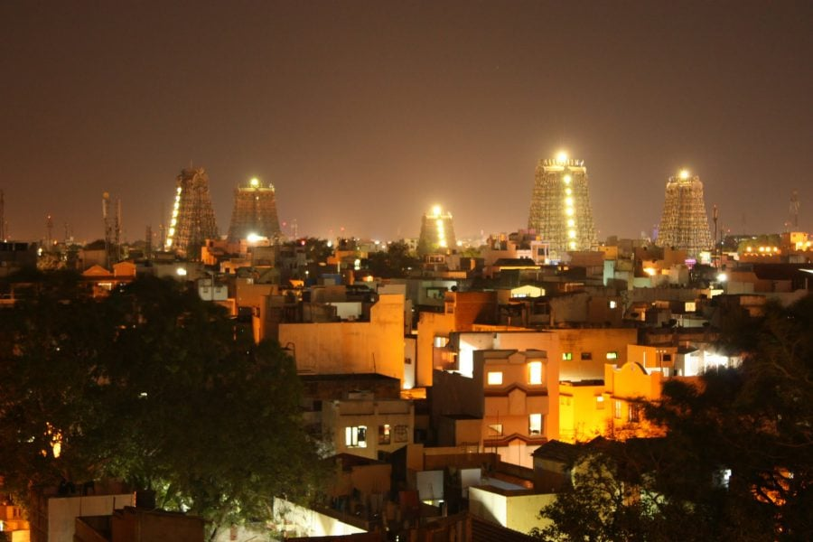 Pozele templului Sri Minakshi, seara, Madurai, Tamil Nadu, India