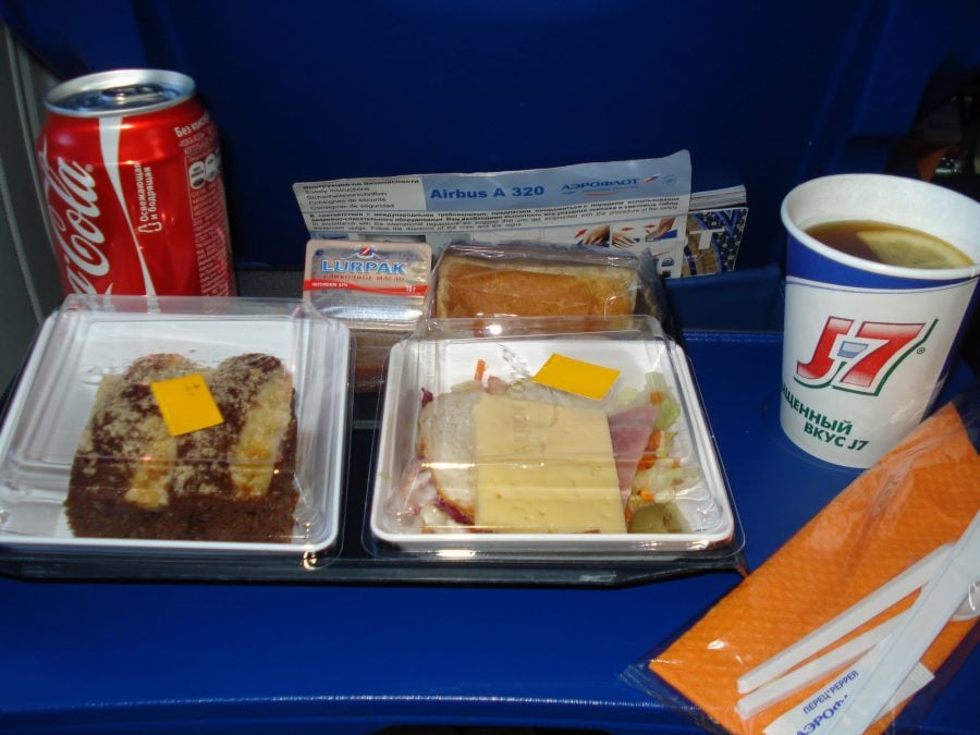 Măncare de avion, Aeroflot Praga - Moscova