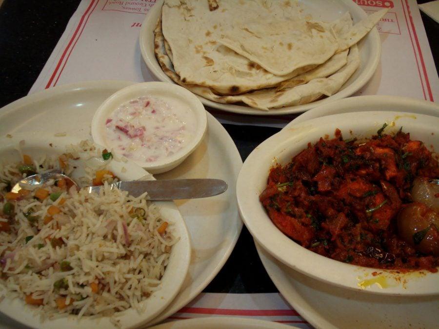 Mâncare indiană adevarată Paneer Tikka Masala la Sree Bahrani, Tirunelveli, Tamil Nadu, India
