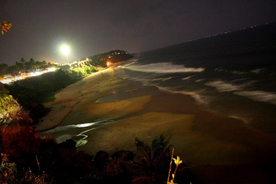 Plaja din Varkala seara, Kerala, India