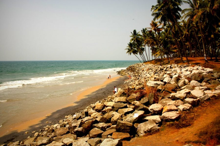 Plaja mică din Varkala, Kerala, India