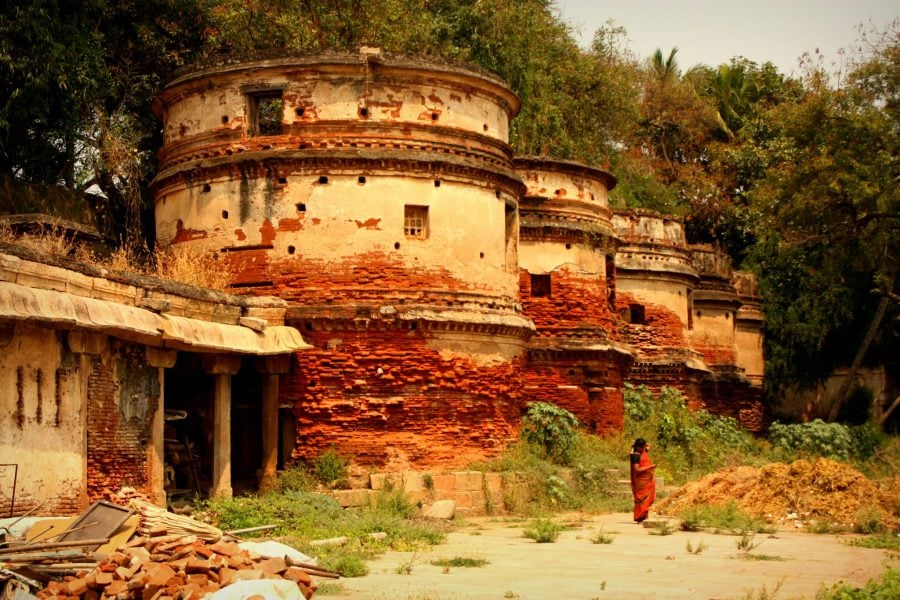 Rezervoare roșii, templul Ranganathaswamy, Trichy, Tamil Nadu, India