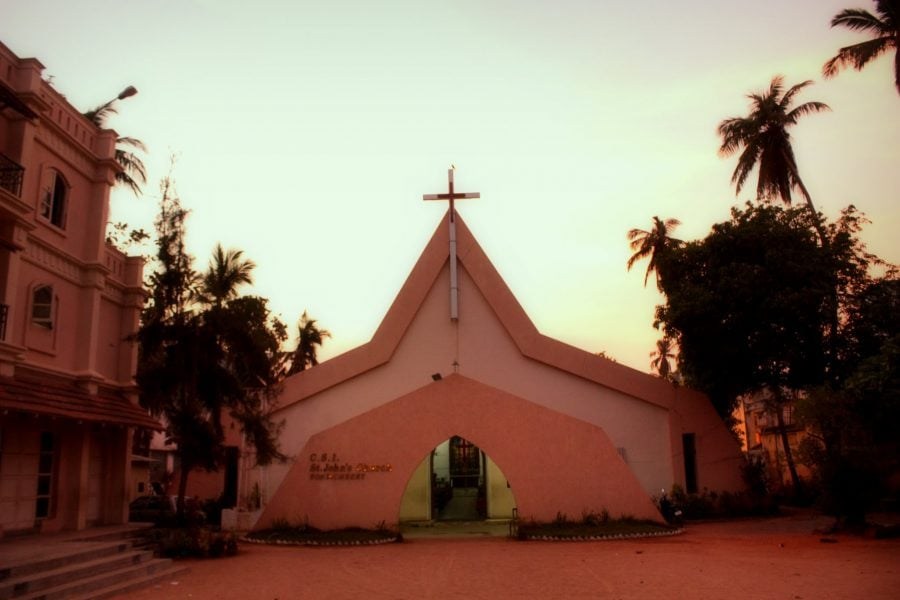 Biserica Sf. Ion din Pondicherry (Puducherry), Tamil Nadu, India