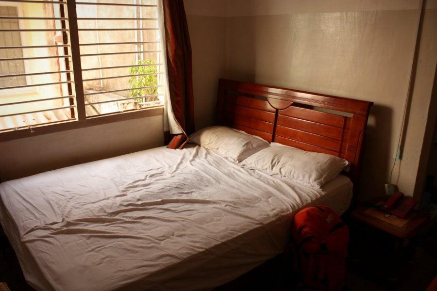 Camera noastră într-un hotel indian ieftin, Thaya (Dhaya) Lodge, Chidambaram, Tamil Nadu, India