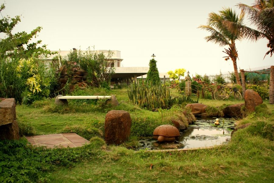 Grădina din Ashram park Guest House, Pondicherry (Puducherry), Tamil Nadu, India