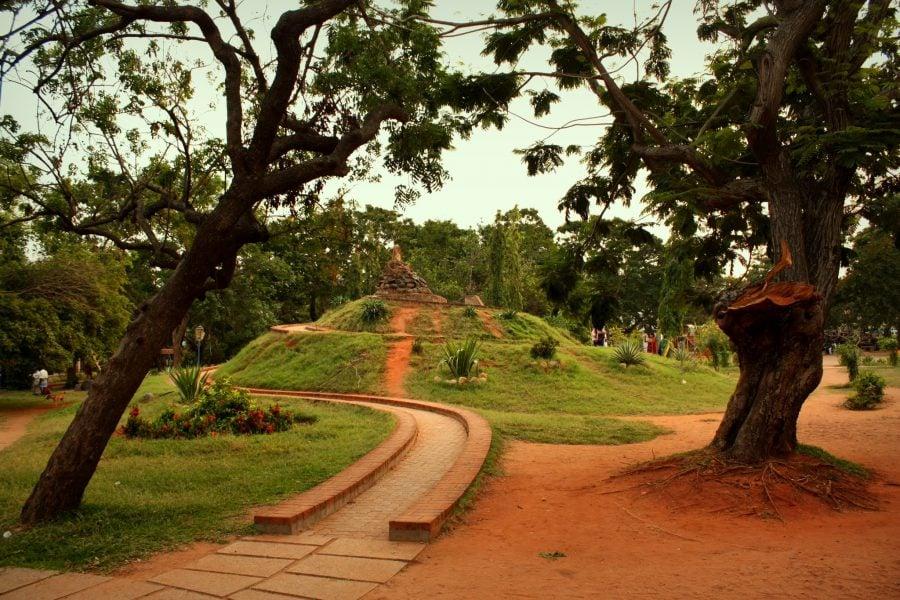 Parcul Bharati în Puducherry (Pondicherry), Tamil Nadu, India