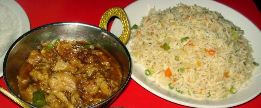 Gobi Manchurian (Manchoorion) cu Vegetable Fried Rice, Tamil Nadu, India