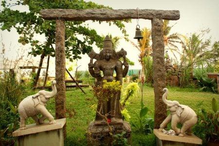 Hotel Sri Aurobindo Ashram Park Guest House - gradina 1, Pondicherry, Tamil Nadu, India