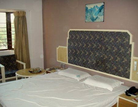 Hotel Saratha Rajans - camera dubla deluxe 2, Madurai, Tamil Nadu, India