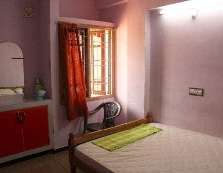 Hotel Sri Muthu Lodge - camera dubla, Thanjavur, Tamil nadu, India