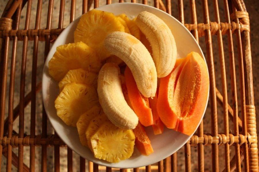 Ananas, banane si papaya, Tamil Nadu, India