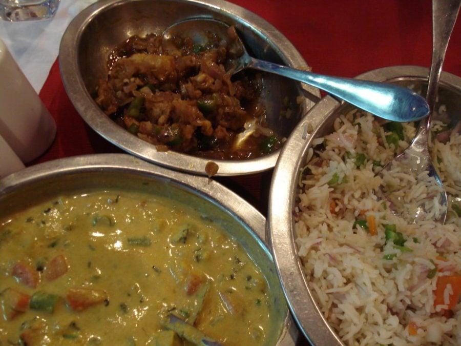 Gobi Manchurian cu Vegetable Korma si Veg Fry Rice, Tamil Nadu, India