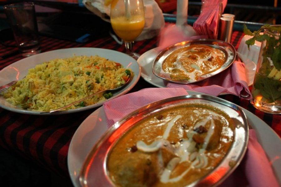 Malai Kofta si Paneer Pasanda si orez cu paneer, Tamil Nadu, India