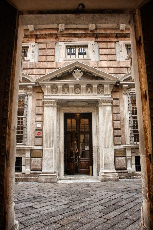 Clădire în Genova, Italia