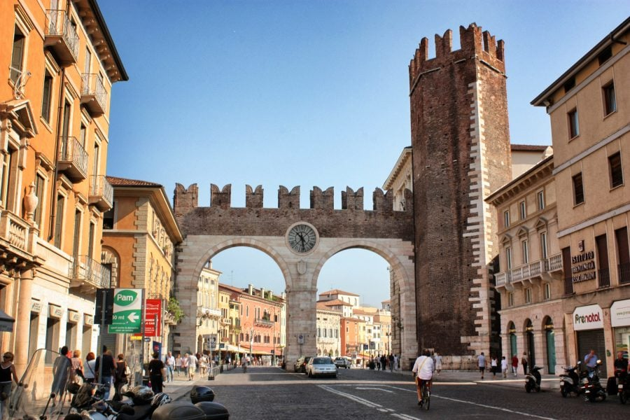 Corso Porta Nuova, Verona, Italia