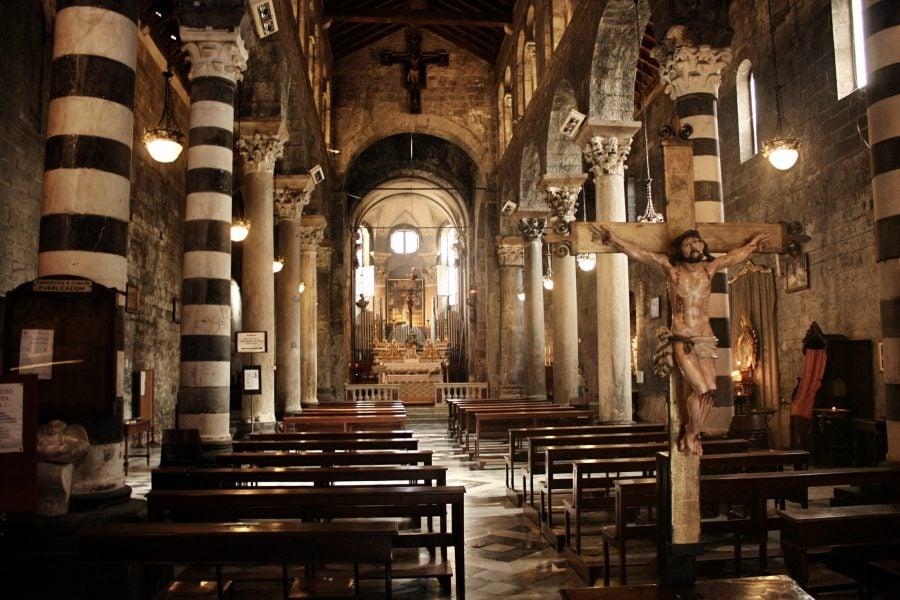 Interior biserică, Genova, Italia