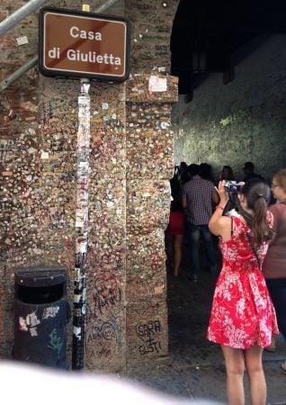 Intrarea in casa Julietei, Verona, Italia