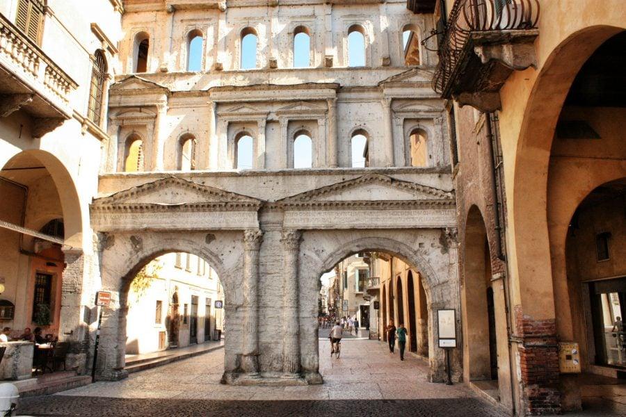 Porta Borsari, Verona, Italia