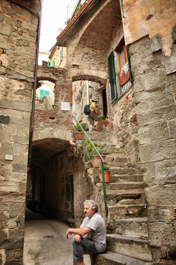 Stradă în Corniglia, Cinque Terre, Italia