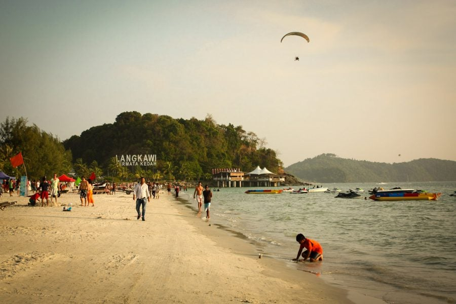 Plaja din Pantai Chenang