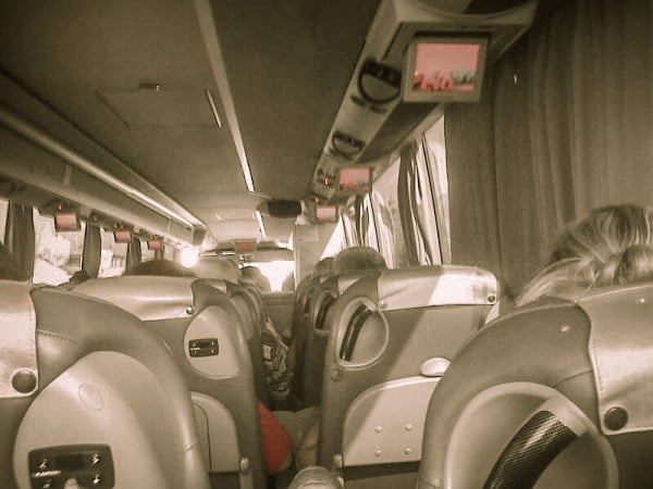 Autobuz Supra Economy in Spania