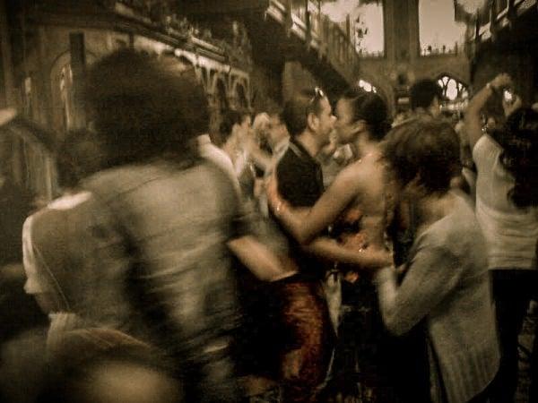 Dans in centrul vechi