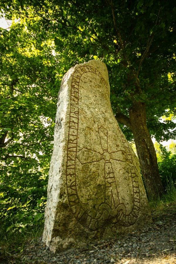 Prima piatră cu rune, Suedia