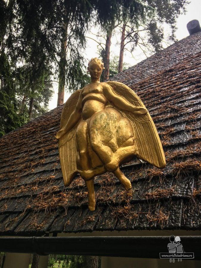 Îngerul morții te așteaptă cu brațele deschise