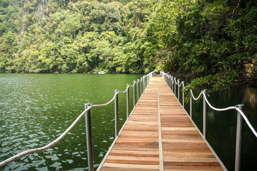 Pod peste lacul fecioarei