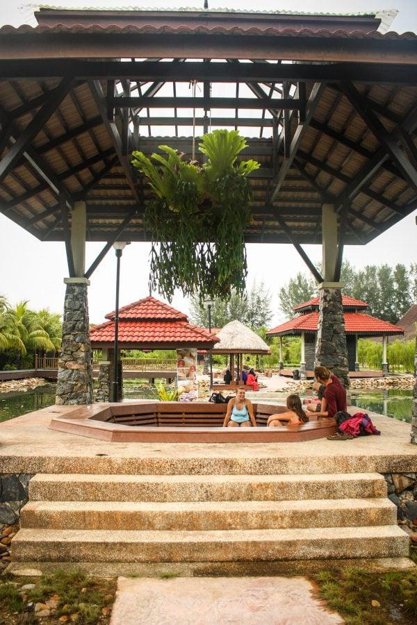 Relaxare la Ayer Hangat Spa Village, Langkawi