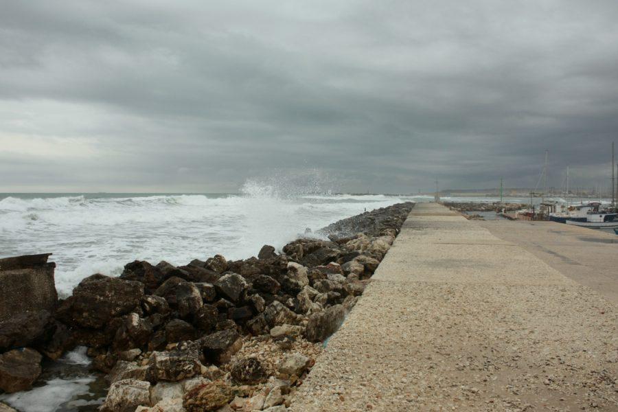 Furtună în Marzamemi, Sicilia, Italia