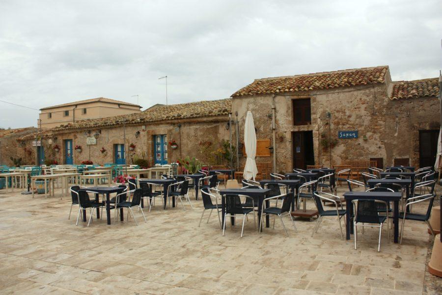 Terasă în Marzamemi