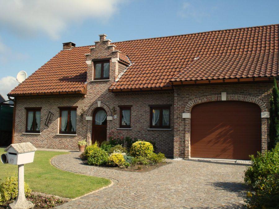 Casă din cărămidă și acoperiș de sticlă în Werchter, Belgia