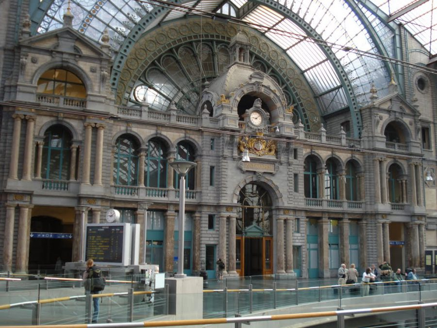 Gara centrală din Anvers, Begia