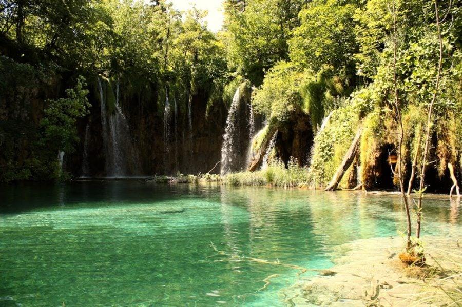 Cascadă în Parcul Național Lacurile Plitvițe, Croația