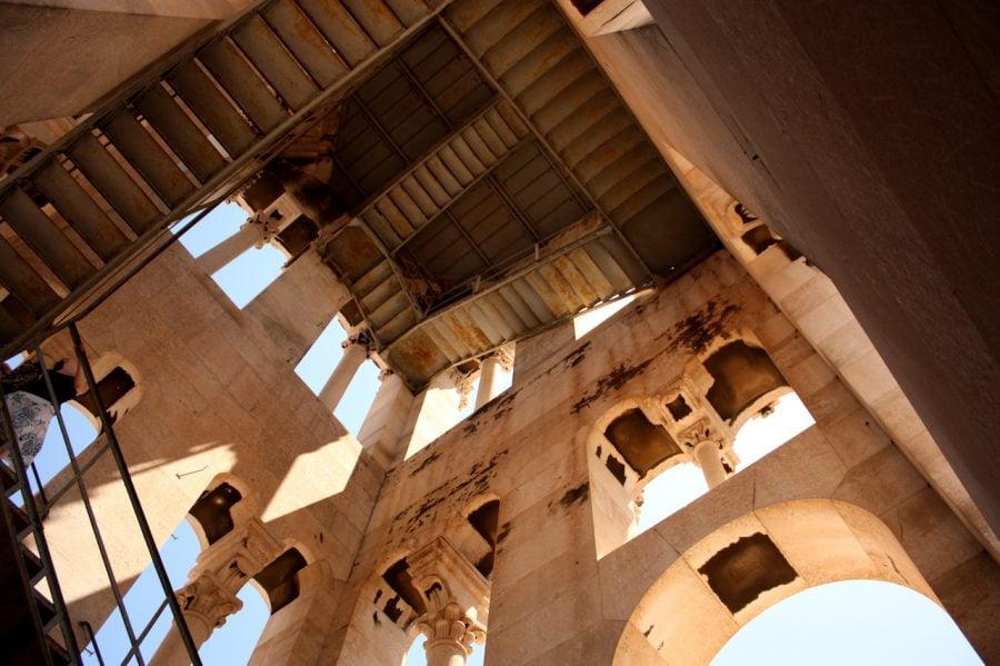 Turn cu clopot în Trogir, Croația