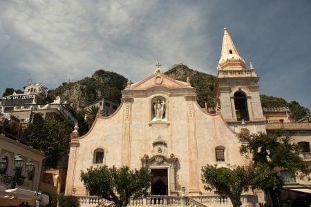 O biserică în Taormina