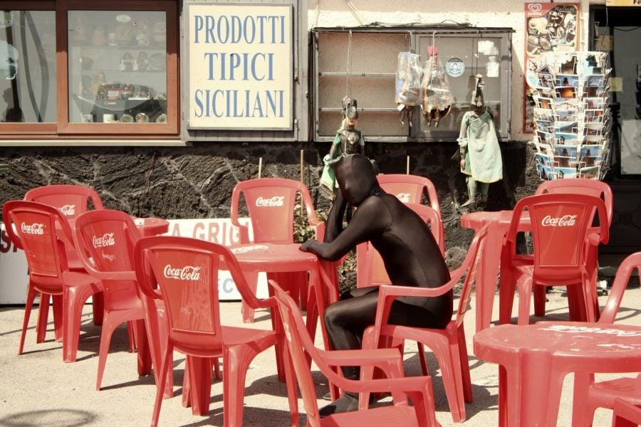 Omul negru in Sicilia
